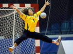 Футболисты «Анжи» освоили гандбол