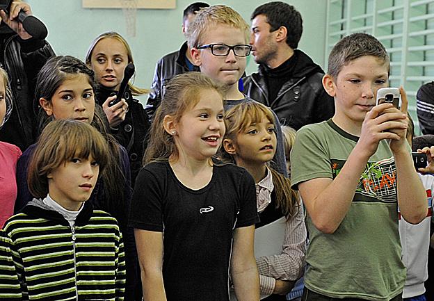 Роберто Карлос посетил интернат в Екатеринбурге