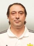 На вопросы болельщиков отвечает тренер вратарей «Анжи» Заур Хапов